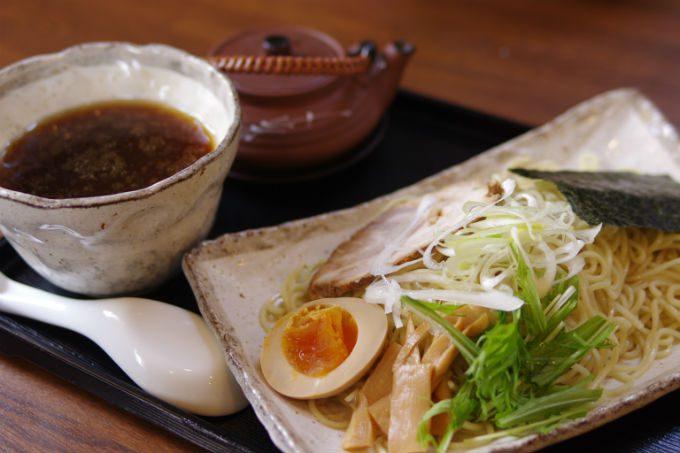 つけ麺 黒